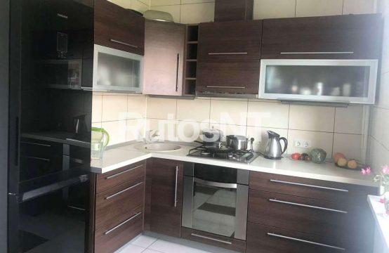 3-jų kambarių butas su holu Nidos gatvėje